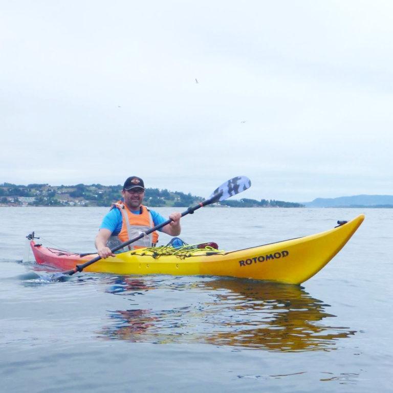 Øystein i kanoen
