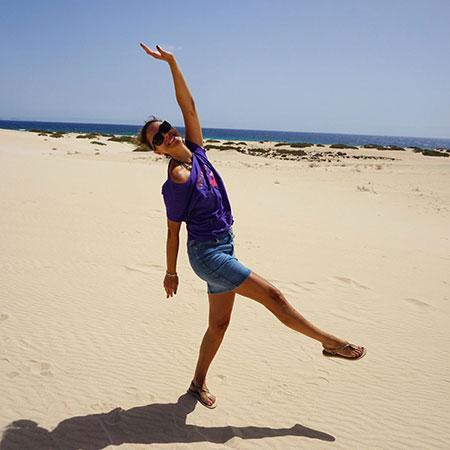 Smilende jenta i Fuerteventura
